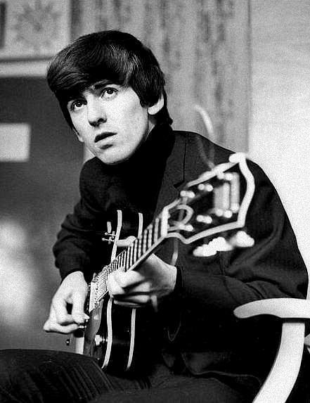 George-Harrison-the-beatles-29627819-441-573